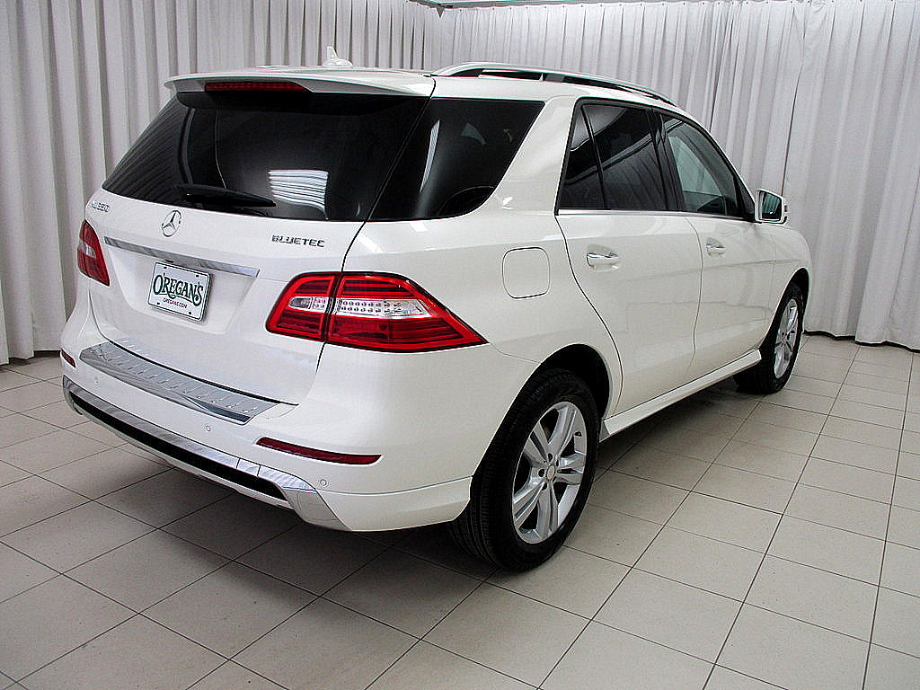 Pre owned 2013 mercedes benz ml ml350 bluetec diesel suv for Pre owned mercedes benz suv