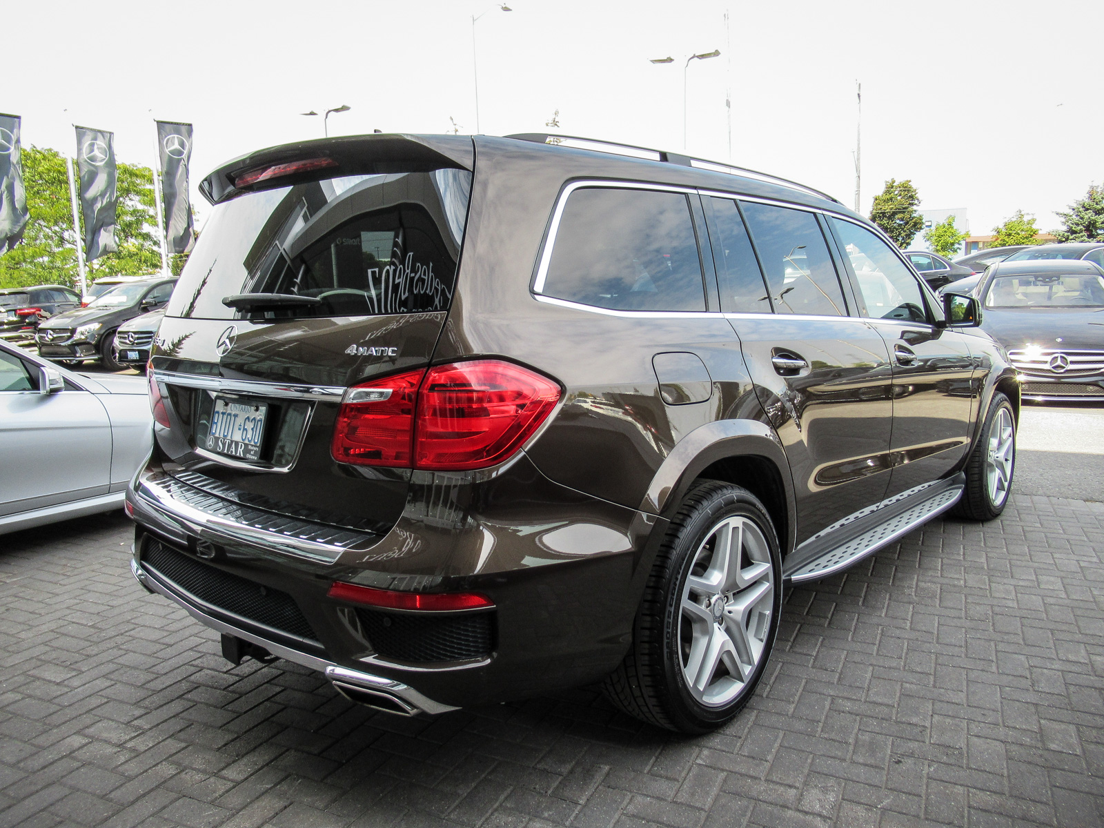 Certified pre owned 2016 mercedes benz gl class gl550 suv for Mercedes benz canada pre owned