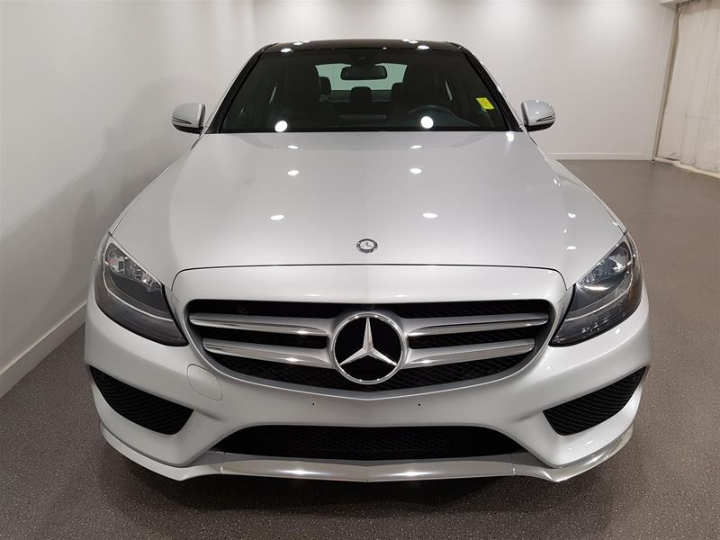 Pre-Owned 2017 Mercedes-Benz C-CLASS C300