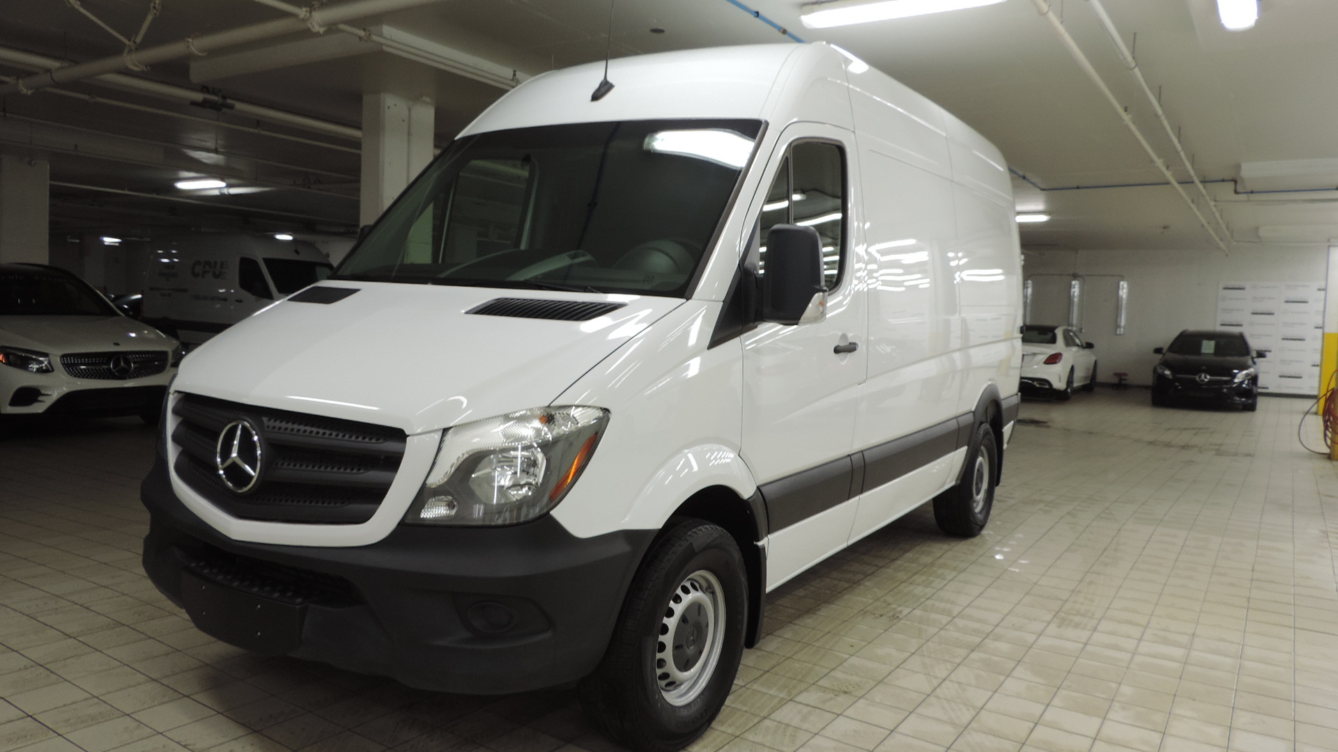 Pre-Owned 2018 Mercedes-Benz Sprinter 2500 Cargo Sprinter V6 2500 Cargo 144