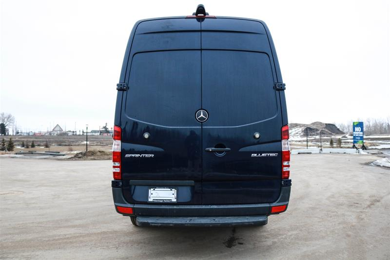 Pre-Owned 2014 Mercedes-Benz Sprinter 2500 Cargo Sprinter 2500 Cargo 170