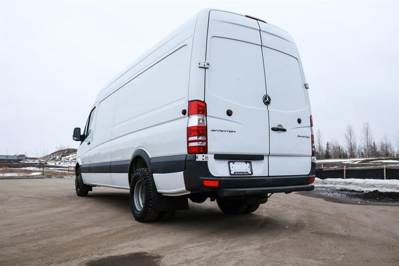 Pre-Owned 2014 Mercedes-Benz Sprinter 3500 Cargo Sprinter 3500 Cargo V6 170