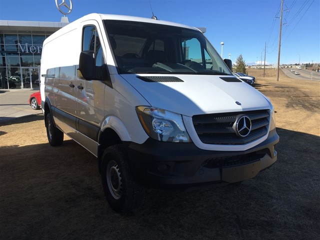 Demo 2016 mercedes benz sprinter 2500 cargo sprinter 4x4 for Mercedes benz sprinter canada
