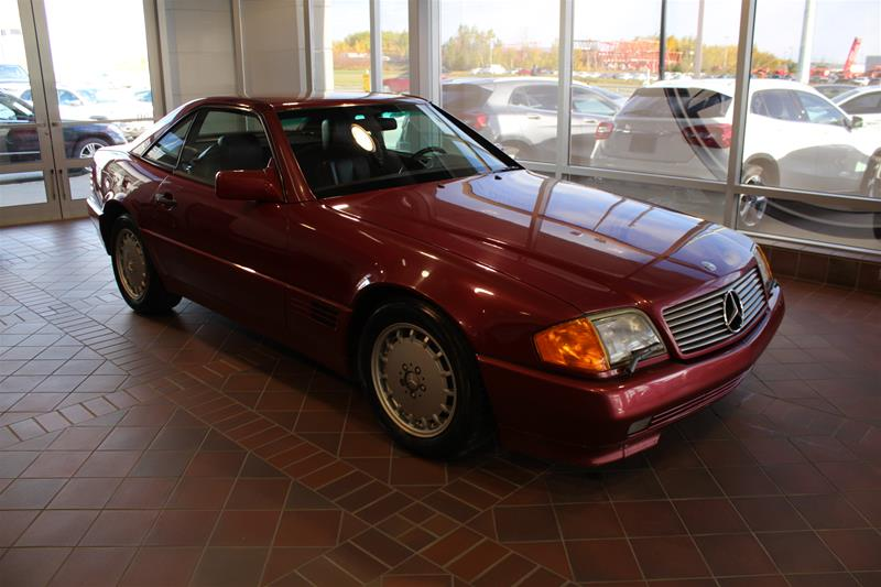 Pre-Owned 1990 Mercedes-Benz 560 Series 500SL