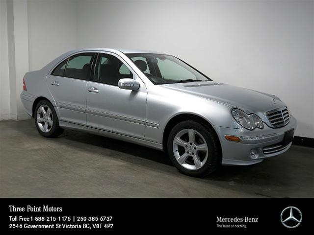 Pre owned 2007 mercedes benz c class c230 4 door sedan for 2007 mercedes benz c class c230