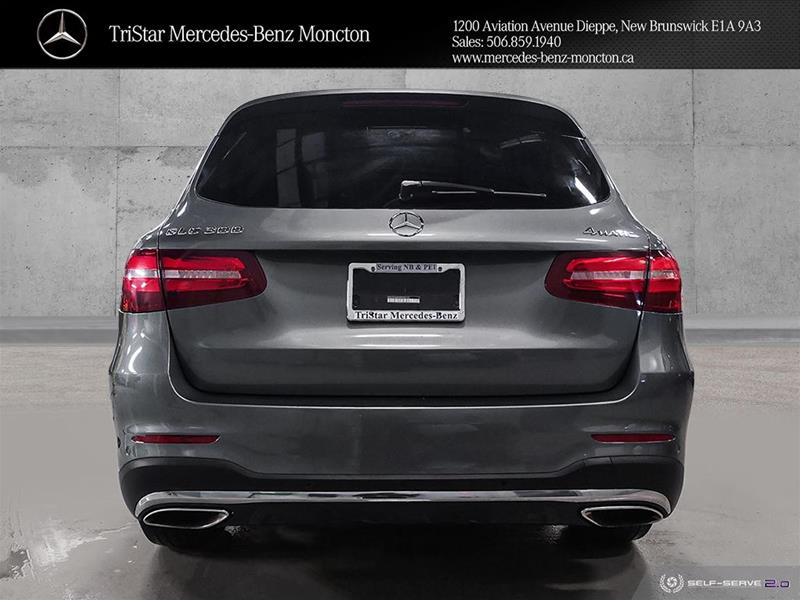 Certified Pre-Owned 2016 Mercedes-Benz GLC GLC300