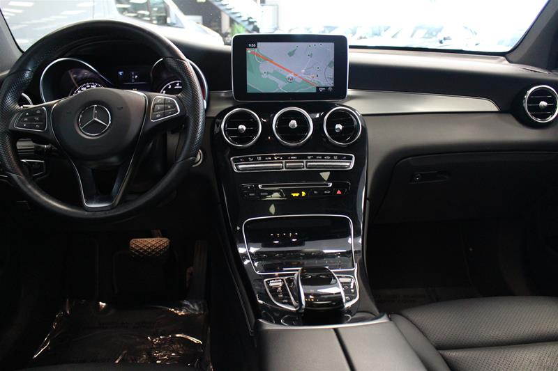 Pre-Owned 2017 Mercedes-Benz GLC GLC300