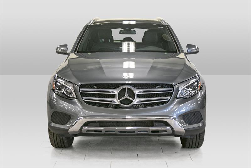 Certified Pre-Owned 2017 Mercedes-Benz GLC GLC300