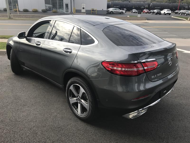 New 2018 Mercedes Benz Glc Glc300 Suv Coupe Jf340378