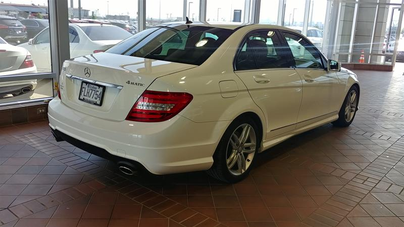 Pre-Owned 2014 Mercedes-Benz C-CLASS C300