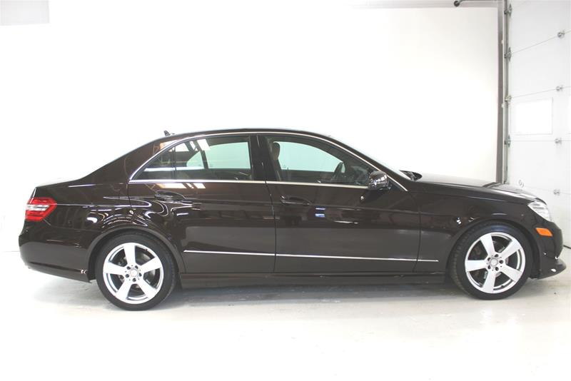 Pre-Owned 2011 Mercedes-Benz E-CLASS E350