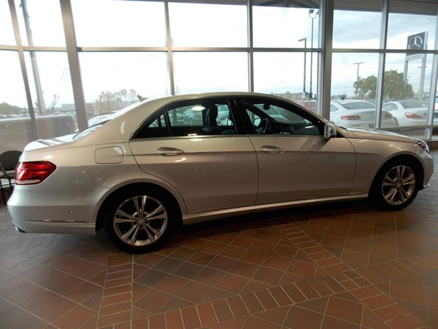 Certified pre owned 2014 mercedes benz e class e250 4 door for Mercedes benz certified pre owned canada