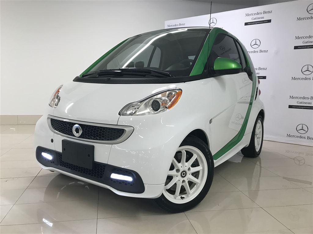 certified pre owned 2014 smart fortwo coupe fortwo 2 door. Black Bedroom Furniture Sets. Home Design Ideas